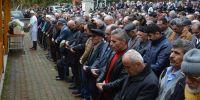 OTEL ODASINDA ÖLÜ BULUNAN KABİN MEMURU KARABÜK'TE TOPRAĞA VERİLDİ